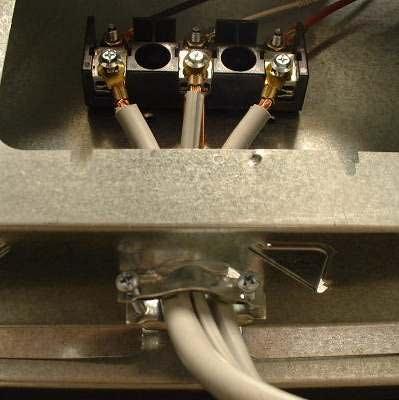 итоговое подключение проводов к бытовой электроплите