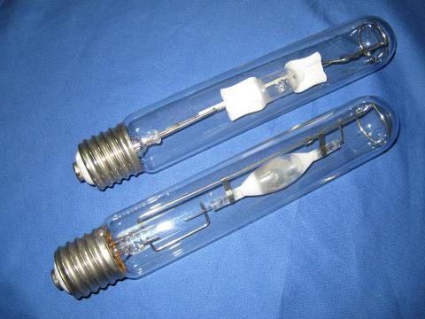 металлогалогеновые лампы вытянутой формы
