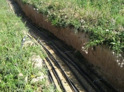 кабель в земле