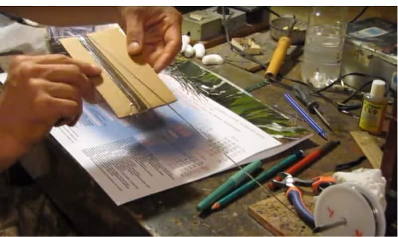Отмерьте проводники с помощью лекала