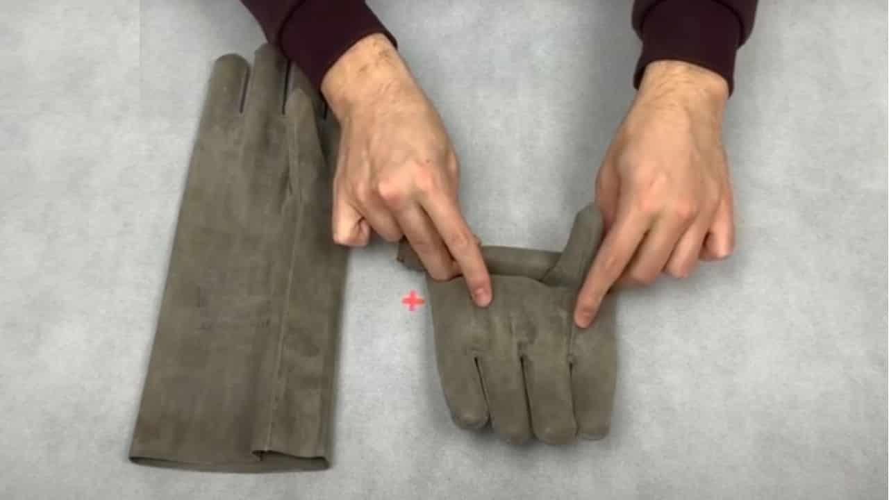 Проверка перчаток скручиванием
