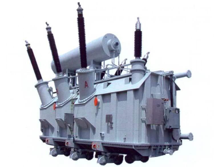Силовой трансформатор 5-й габаритной группы ТРДЦН-63000/220, вес около 130 тонн