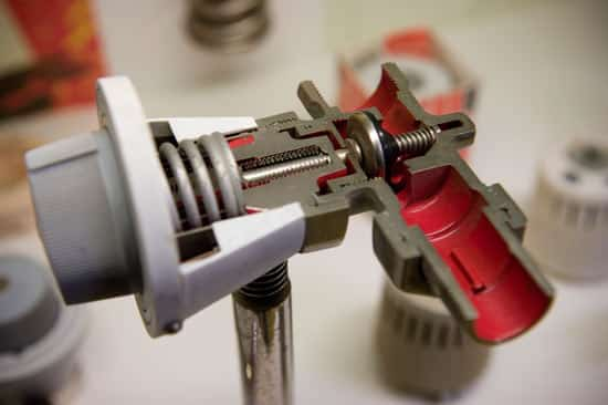 Терморегулятор в разрезе