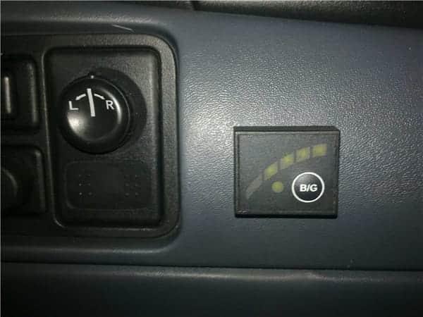 датчик газа на приборной панели в салоне