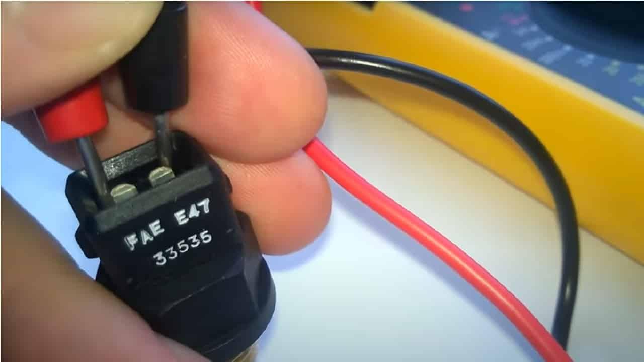Повторно измерьте сопротивление нагретого датчика