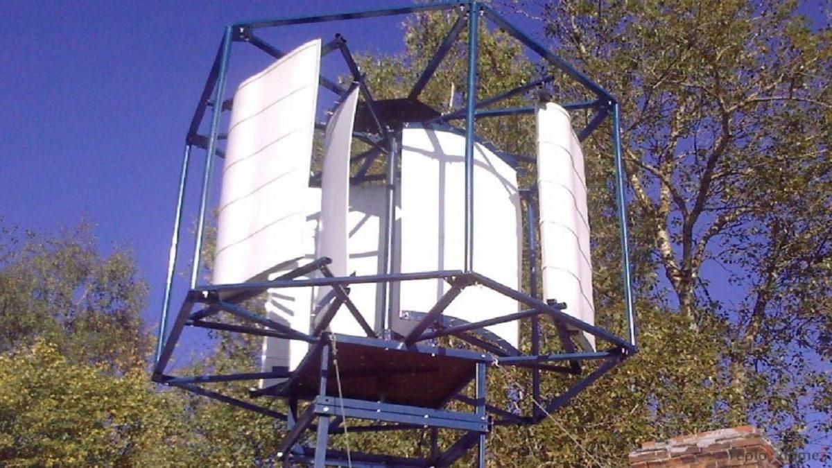 Роторная воздушная турбина вертикального ветрогенератора