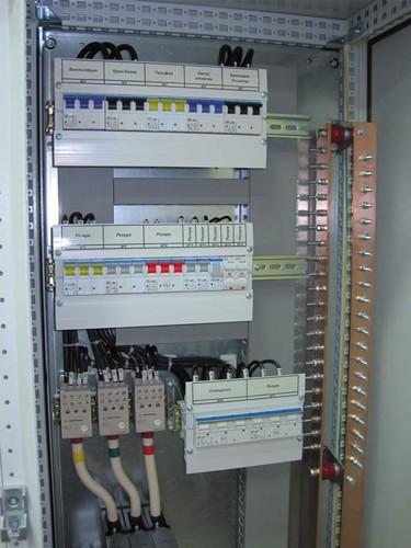 Электрический распределительный щит: монтаж и сборка