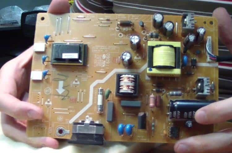 Импульсный модуль питания монитора