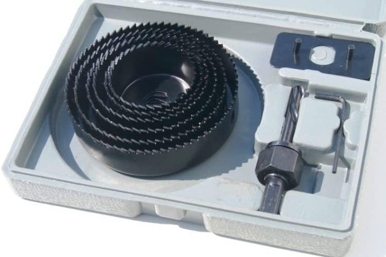 Набор коронок различного диаметра для работы с гипсокартоном