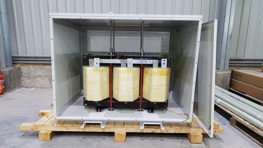 Промышленный разделительный трансформатор