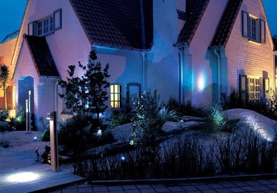 уличный фасадный инфракрасный светильник