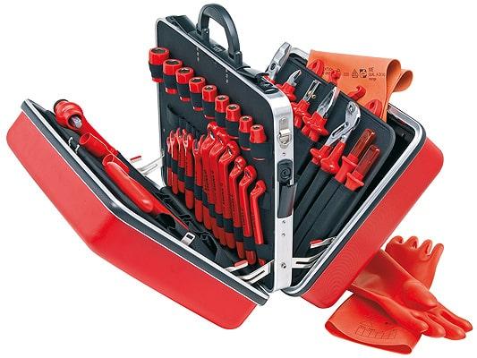 Набор инструментов для электрика – виды, составляющие, обзор цен