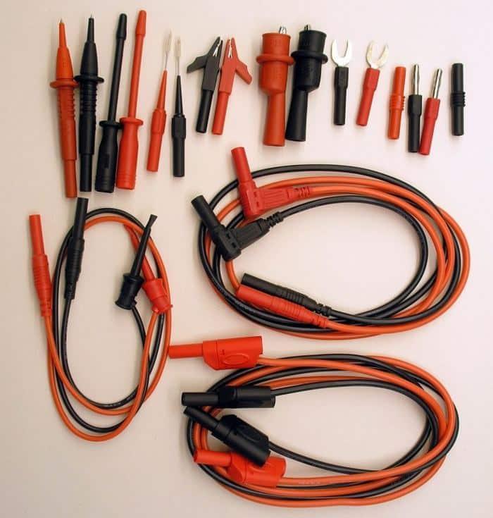 Измерительные провода и набор насадок