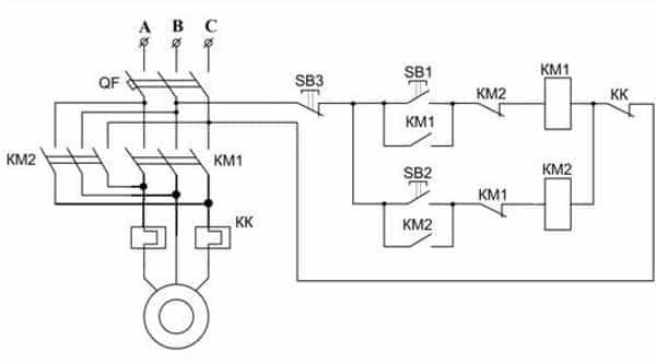 Схема управления реверсом двигателя асинхронного типа