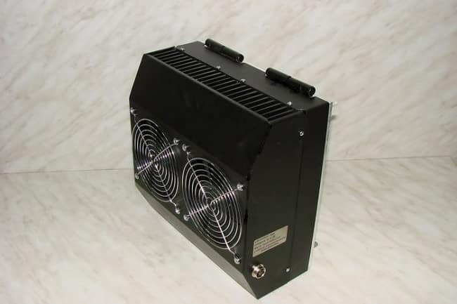 Термоэлектрический генератор B25-12 (М) на 12 вольт, мощностью 25 ватт