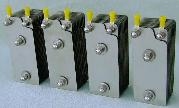 Блоки электродов для установки, которая производит газ Брауна
