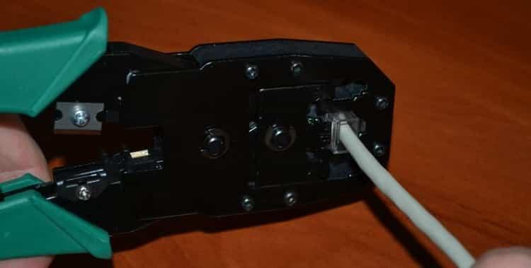 Обжатие коннектора кримпером