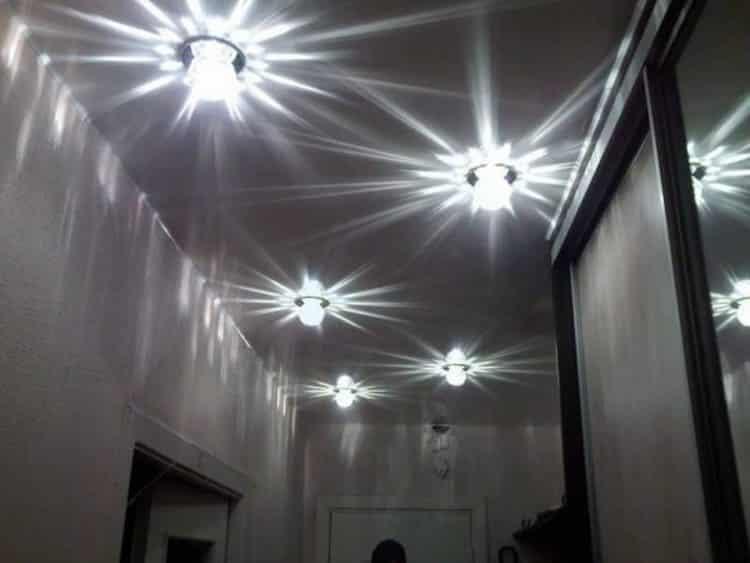 Ассиметричная схема подсветки прихожей