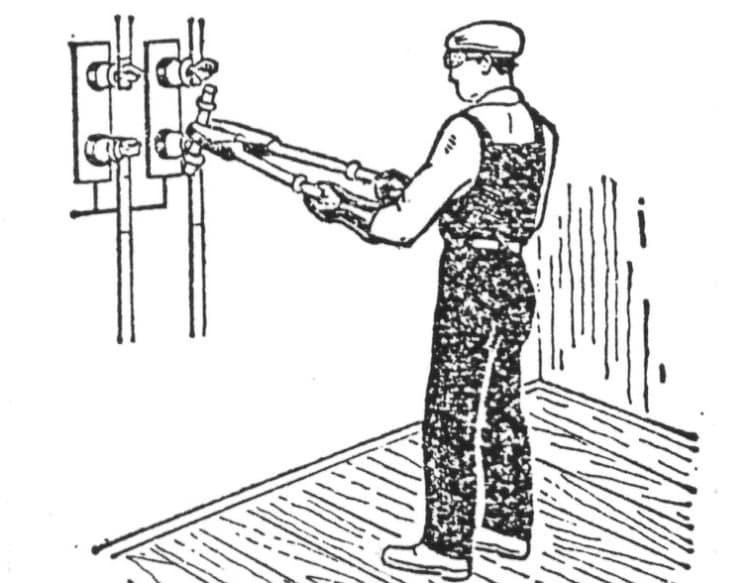 Пример применения изолирующих клещей