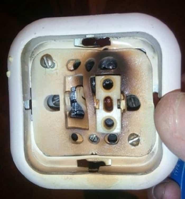 Внутреннее повреждение выключателя