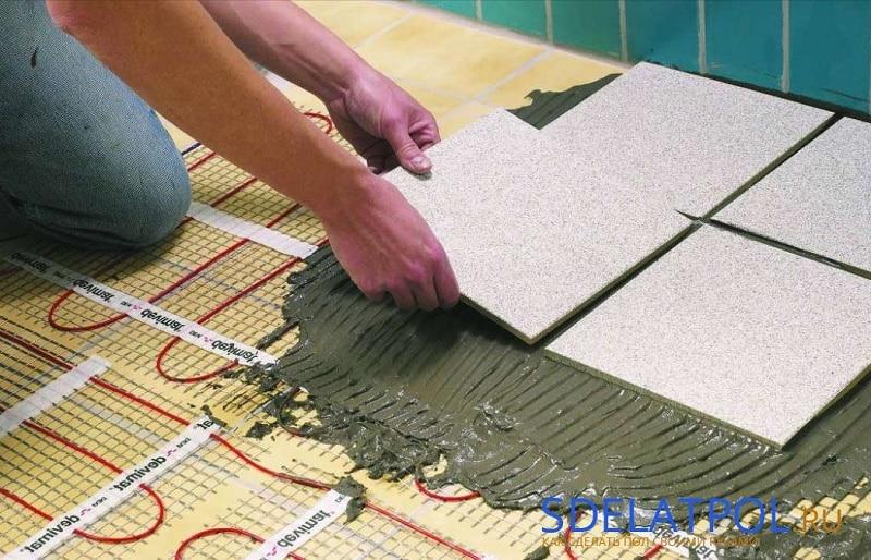 залейте провод бетоном