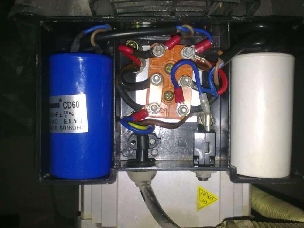 Подключение конденсаторов