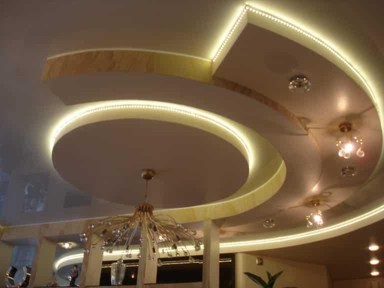 Изысканное освещение подвесного потолка