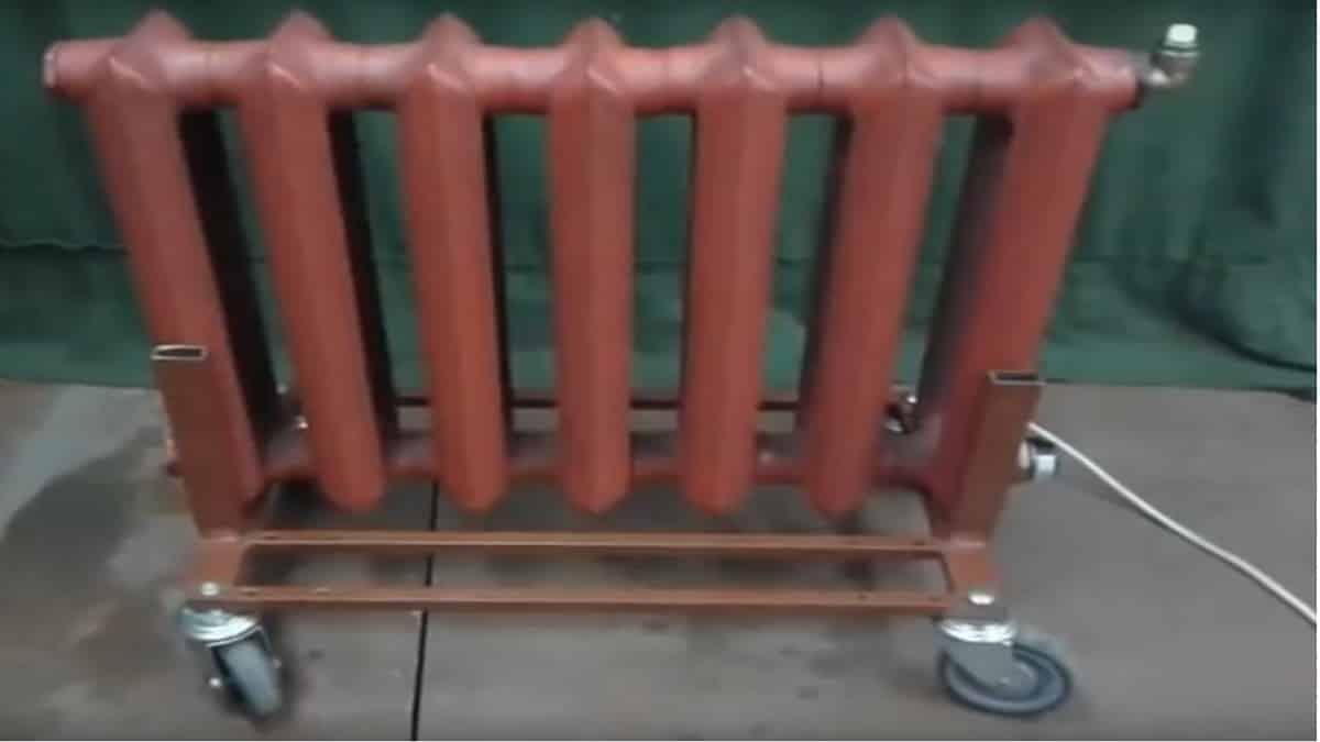 Конструкция для перемещения на колесиках
