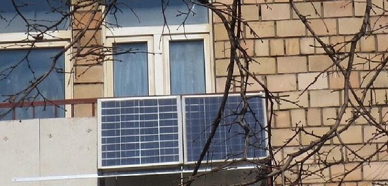 Солнечная батарея на балконе