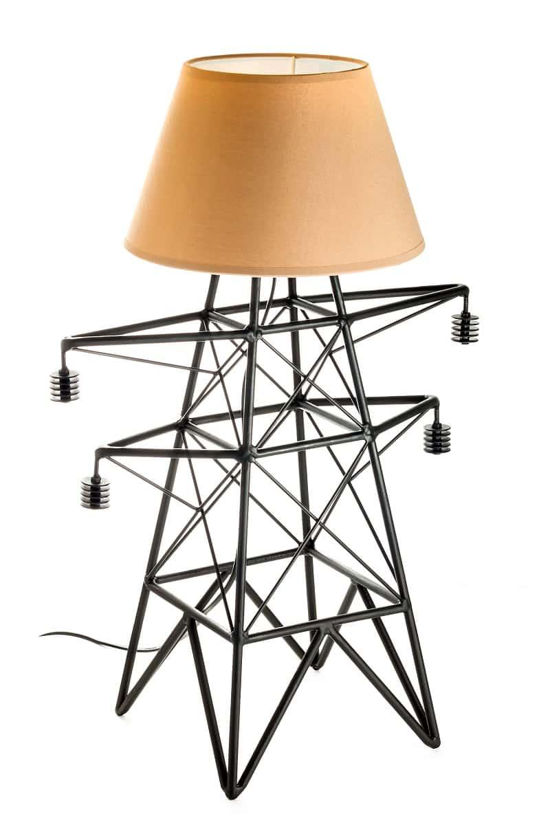 Настольный светильник в виде опоры
