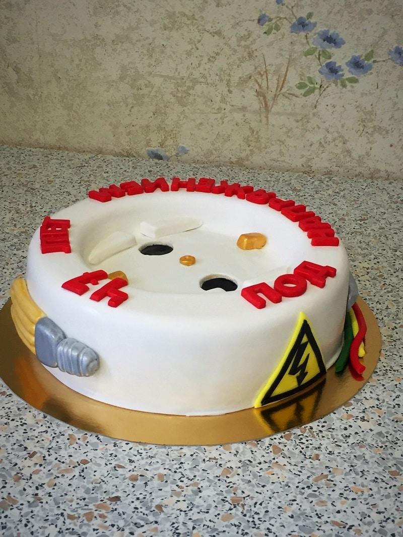 Торт для электрика
