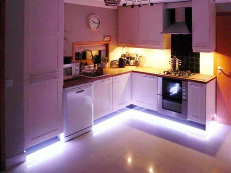 Подсветка контура шкафов