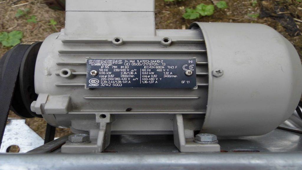 3-х фазный электродвигатель на вытяжной вентиляции