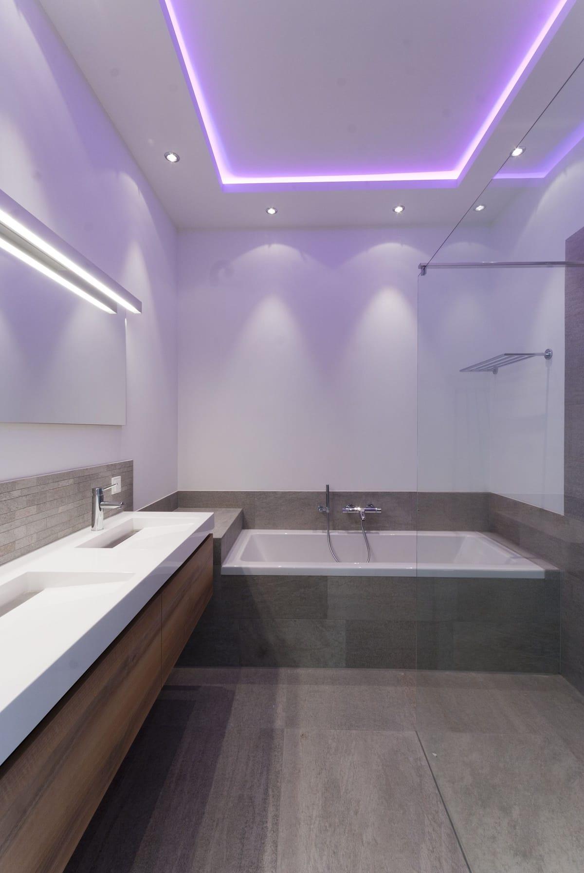 Светодиодные ленты в ванной