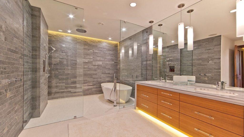 Светодиодная лампа в ванной комнате
