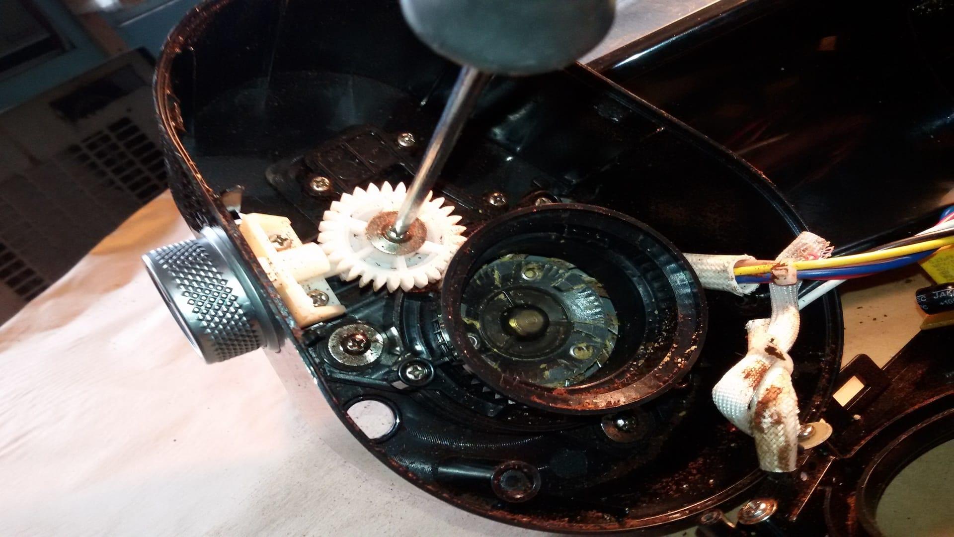 Боковое колесо и шестерня